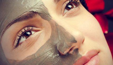 Глина от черных точек: какая лучше, маски