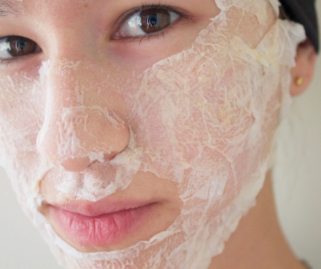 Как очистить лицо от черных точек в домашних условиях без