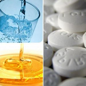 мед, вода и таблетки аспирина
