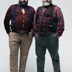 двое полных мужчин хипстеров
