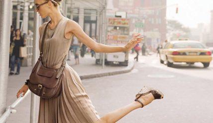 Какую обувь подобрать к модному платью?