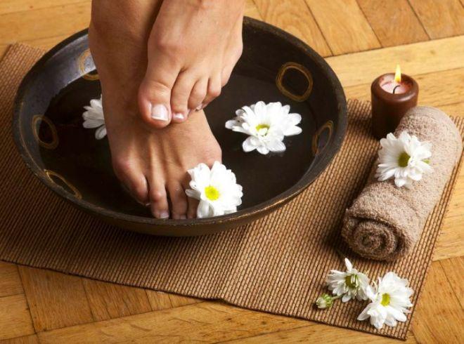 ступни ног ванночка