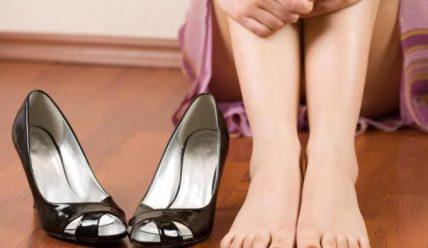 Что делать, если ноги начали потеть и вонять?