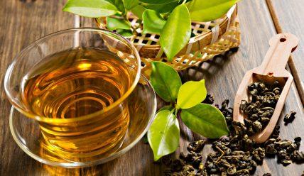 Как с помощью чая избавиться от прыщей на лице?