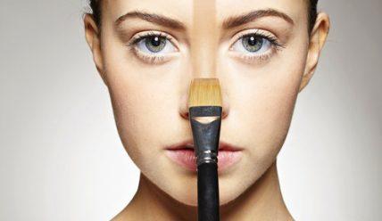 Какое тональное средство лучше выбрать для жирной кожи?