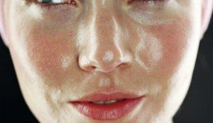 Как быстро убрать красноту с кожи лица?