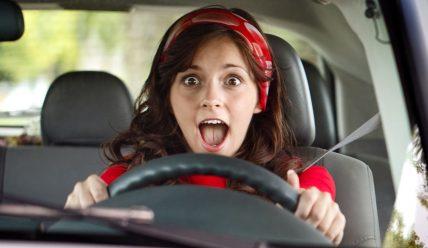 Водитель — женщина-новичок: как преодолеть страх?