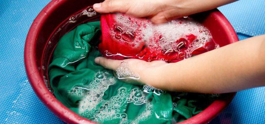 ТОП-14 способов смыть акриловую краску с одежды