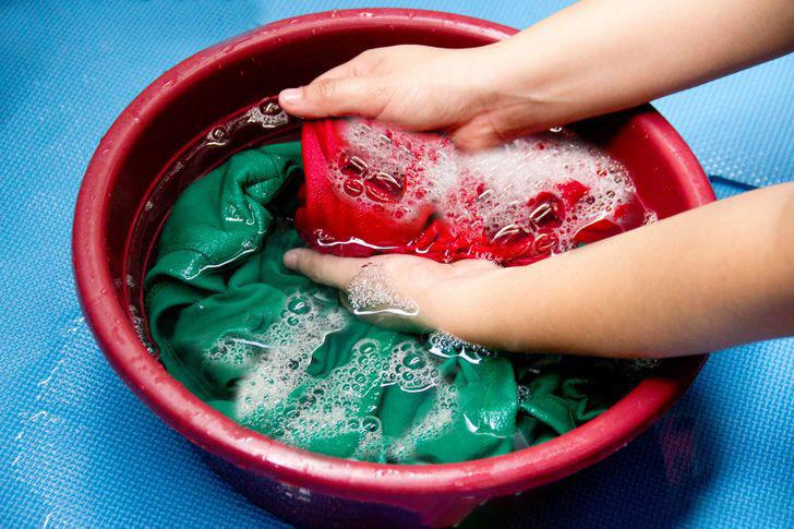как отстирать акриловую краску с ткани