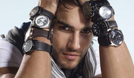 Часы в подарок мужчине: как выбрать?