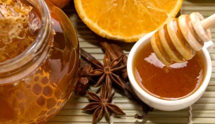 Корица и мед для лица: как правильно делать маску?