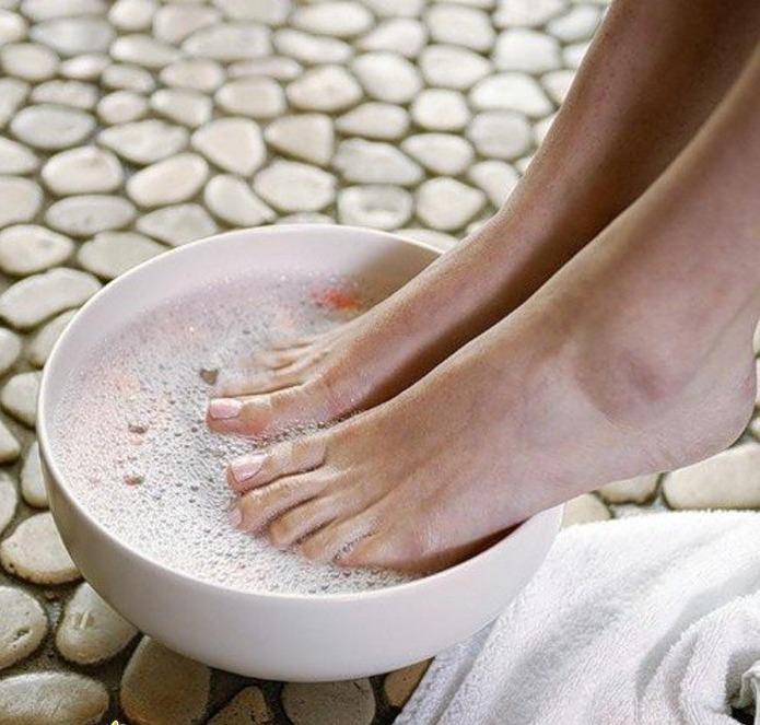 лечение грибка ног уксусом