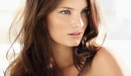 Как и зачем ополаскивать волосы уксусом?