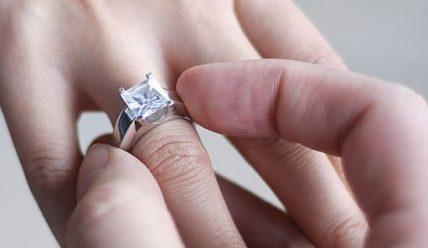 Какие кольца для помолвки выбрать?