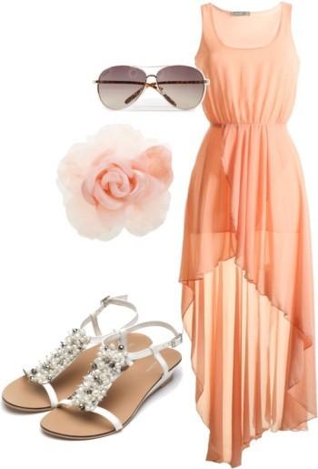 Сандалии и легкое длинное платье