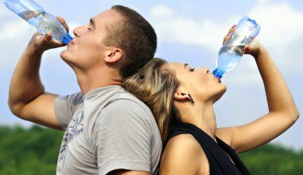 Сколько нужно пить воды, чтобы похудеть?