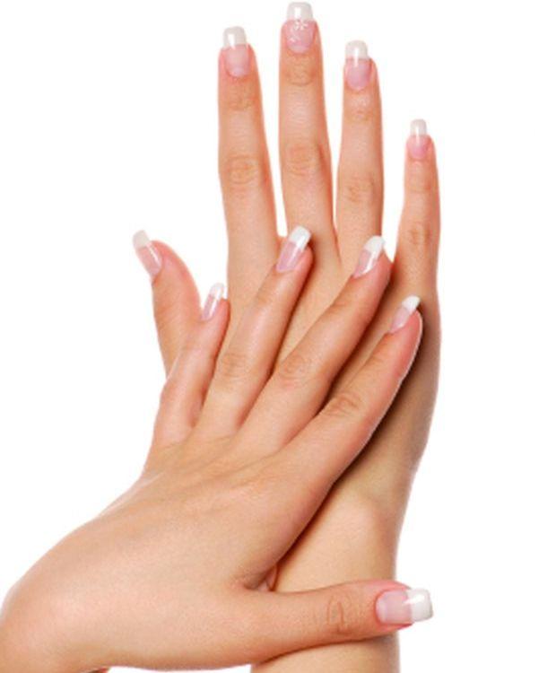 трескается кожа на пальцах левой руки