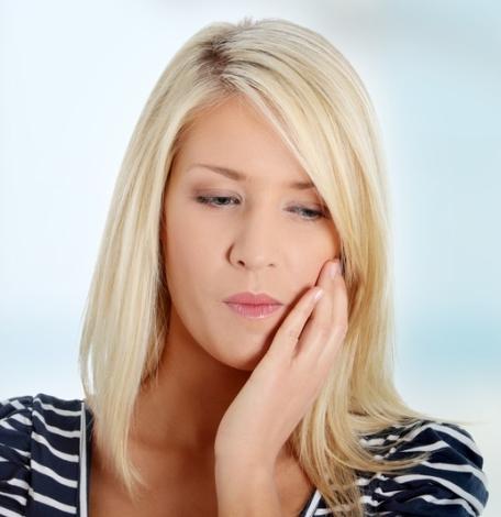 Болит внизу живота слева у женщин газы
