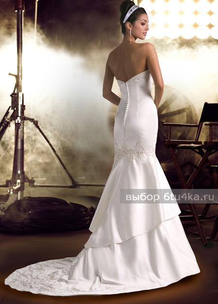 Стильный свадебный образ. Обрати внимание на украшения!