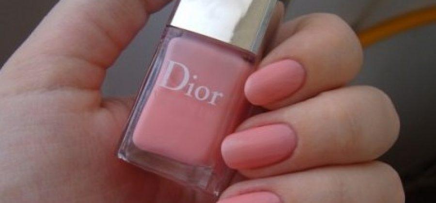 Как выбрать цвет лака для ногтей