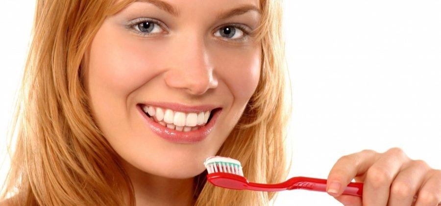 Зубная паста от прыщей: как она действует?